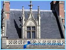 Dormer roof window