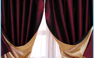 Curtains to the loggia and a balcony with photos