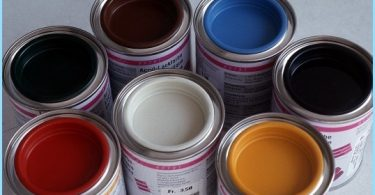 Alkyd paint for interior and exterior use on metal and wood
