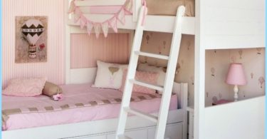 Child's room for two girls